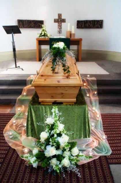 Comment rendre hommage à nos défunts ?